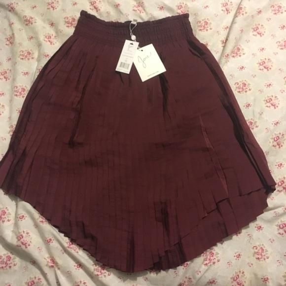 dddd6030c Joie Skirts | Felicia Burgundy Pleated Skirt Xs 0 Or 00 | Poshmark